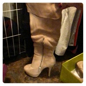 Suede knee high boots - Camel colored